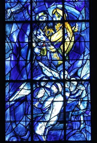 Détail d'un vitrail de Chagall