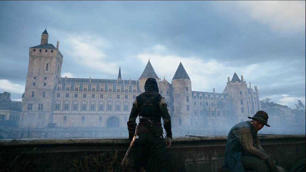 Personnage du jeu vidéo Assassin Creed Unity devant le Palais royal de la cité, bâtiment pour toujours lié aux capétiens.